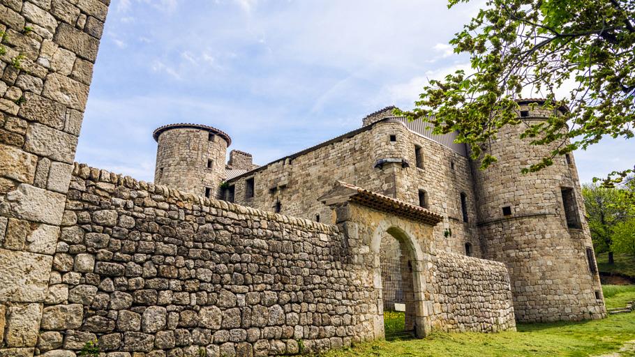 Chateaux de Craux à Genestelle