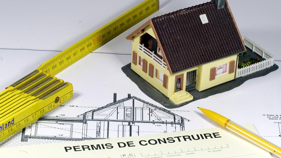 Documents et outils de construction immobilière