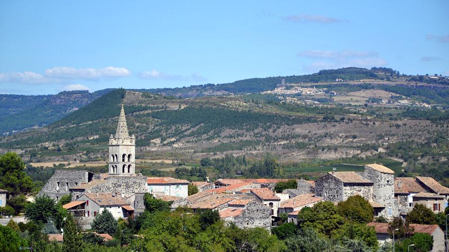 Vue sur le village de Lavilledieu